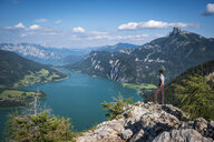 Austria, State Salzburg, Lake Mondsee and Schafberg, hiker on viewpoint - HAMF00451
