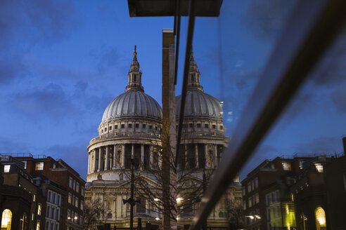 United Kingdom, England, London, St Paul's Cathedral at blue hour - MAUF01733