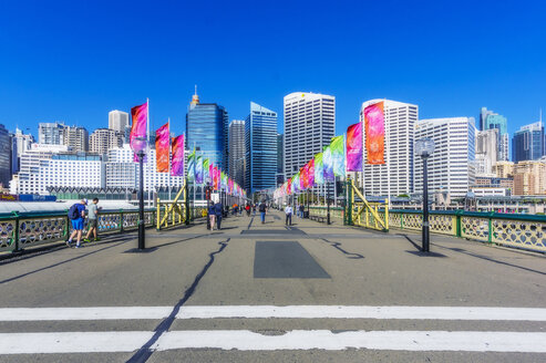 Australia, New South Wales, Sydney, cityview, pier - THA02303
