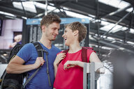 Happy couple at the airport - RHF02227