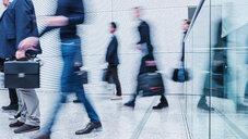Blurred motion of business people - INGF05272