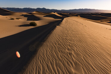 USA, Californien, Death Valley, Death Valley National Park, Mesquite Flat Sand Dunes - FCF01521