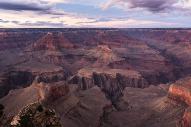 USA, Arizona, Grand Canyon National Park, Grand Canyon in the evening - FCF01569