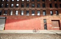 Bicycle abandoned in New York City - INGF05771