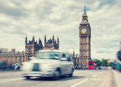 Blurred motion of the London Houses of Parliament and the Big Ben in London - INGF06327