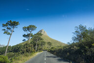 South Africa, Cape Town, road leading to Lion's Head - RUNF00183