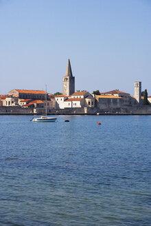 Croatia, Istria, Porec, Old town, Euphrasian Basilica, promenade - WWF04437