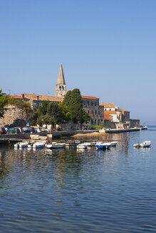 Croatia, Istria, Porec, Old town, Euphrasian Basilica, promenade - WWF04440
