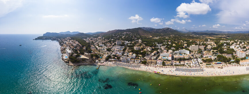 Spain, Balearic Islands, Mallorca, Region Calvia, Costa de la Calma, Peguera, Cala Fornells - AMF06177
