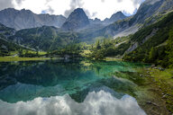 Austria, Tyrol, Wetterstein Mountains, Mieminger Kette, Ehrwald, Lake Seebensee, Sonnenspitze, Schartenkopf and Vorderer Drachenkopf - LBF02228