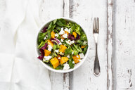 Bowl of autumnal salad with feta and Hokkaido pumpkin - LVF07548