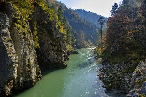 Austria, Tyrol, Chiemgau, near Schleching, Tiroler Ache, Entenlochklamm - LBF02257
