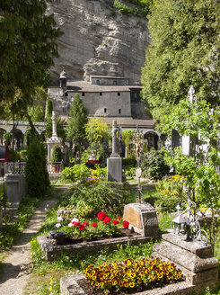Austria, Salzburg, old town, Nonnberg Abbey, St. Peter's Cemetery, catacombs - WW04487