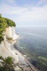 Germany, Mecklenburg-Western Pomerania, Ruegen, Jasmund National Park, chalk cliff - MAMF00232