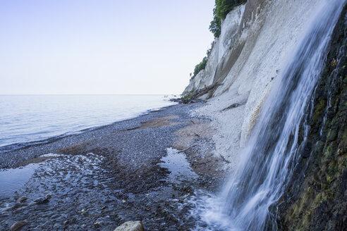 Germany, Mecklenburg-Western Pomerania, Ruegen, Jasmund National Park, chalk cliff and waterfall at 'Kieler Ufer' - MAMF00241