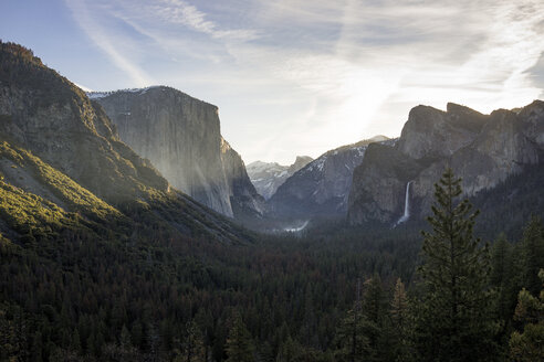 Scenic view of Yosemite National Park against sky - CAVF56092