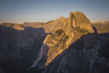 USA, California, Yosemite National Park, Glacier Point - KKAF03068
