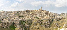 Italy, Basilicata, Matera, Townscape and historical cave dwelling, Sassi di Matera - WPEF01173