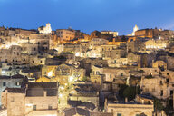 Italy, Basilicata, Matera, Townscape and historical cave dwelling, Sassi di Matera at blue hour - WPEF01182