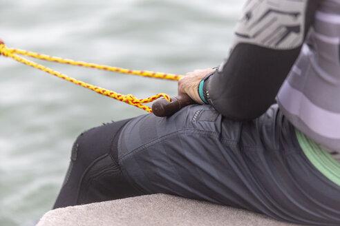 Waterski, man holding rope - NGF00490