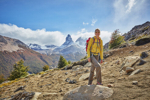 Chile, Cerro Castillo, woman on a hiking trip in the mountains - SSCF00234