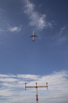 Spain, Mallorca, airplane take-off - JMF00432