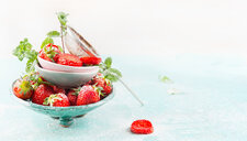 Close-up of strawberries in a bowl - INGF09465