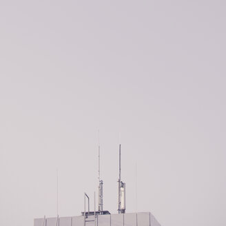 Communications tower against sky. - INGF09687