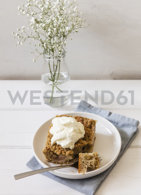 Homemade rhubarb cake with whipped cream - EVGF03406