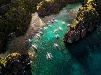 Big Lagoon and Small Lagoon, El Nido, Palawan, Philippines - DAWF00751