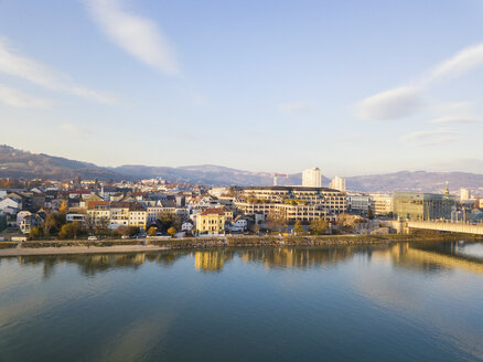 Austria, Linz, view to the city with Danube River in the foreground - JUNF01641