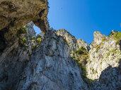 Italy, Campania, Capri, Punta della Chiavica, white grotto - AMF06460
