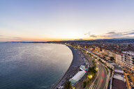 France, Provence-Alpes-Cote d'Azur, Nice, Promenade des Anglais, beach in the evening light - WDF04952