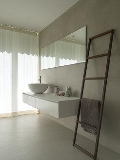 Bathroom in a modern villa - LAF02207