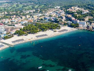 Luftaufnahme Spanien, Balearen, Mallorca, Santa Ponca, belebter STrand - AMF06543
