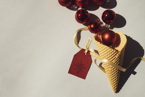 Ice Cream Cone with red Christmas baubles and tag - MOMF00570
