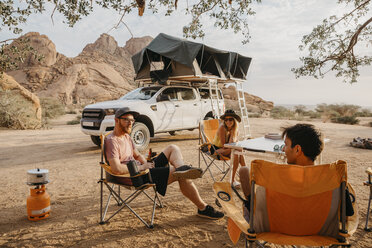 Namibia, friends camping near Spitzkoppe - LHPF00357