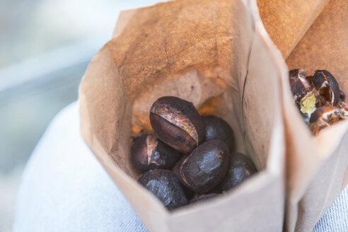 Chestnuts in paper bag - MMAF00722