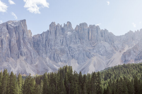 Italy, South Tyrol, Dolomites, Latemar mountain seen from Lago di Carezza - MMAF00737