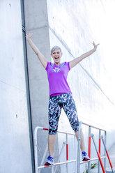 Berlin- Reichstagsufer, People Lifestyle Shooting, weibliches Best Ager Model, Thema Sport. Ethnie: Deutsch - VWF00037