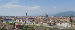 Italy, Tuscany, Florence, Ponte Vecchio - RPSF00265