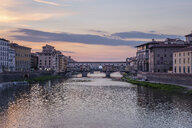 Italy, Tuscany, Florence, Ponte Vecchio - RPSF00274