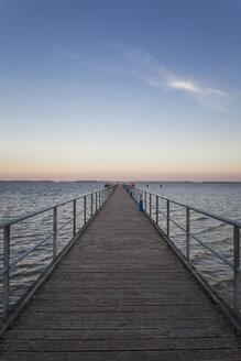 Germany, Ruegen, Dranske, Sea Bridge in the morning light - MAMF00272