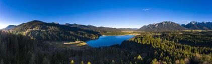 Germany, Bavaria, East Allgaeu, Region Garmisch-Partenkirchen, Kruen, Aerial view of Lake Barmsee and Grubsee - AMF06630