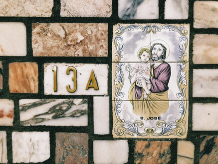 Portugal, Algarve, Close-up on Tiles With Saint Joseph - JUB00293