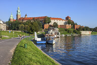 Poland, Krakow, Wawel Castle at the Vistula River - ABOF00380