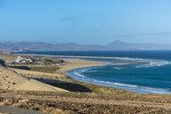 Spain, Canary Islands, Fuerteventura, lagoon on Risco beach - RUNF00852