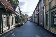 Sweden, Sigtuna, Old houses in the pedestrian zone - RUNF00954