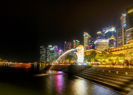 Singapore, cityscape at night, trick fountains - SMAF01194