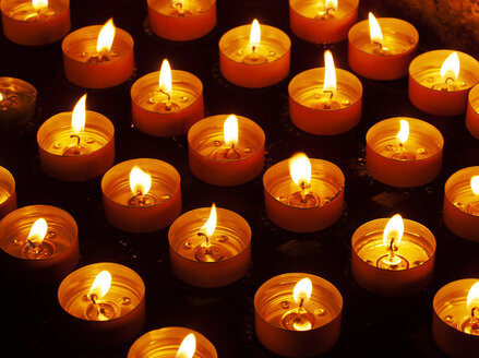 Candles in a church - WWF04840